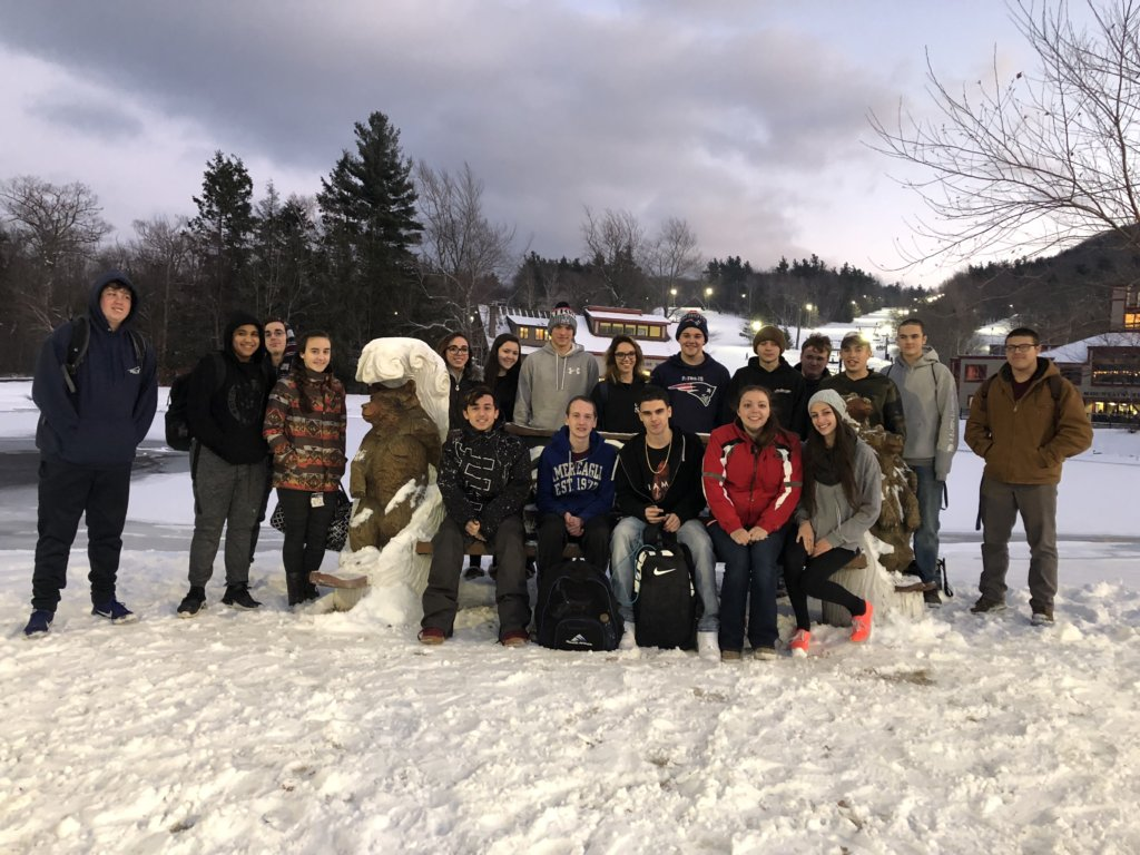 Group Photo of the 2018 Ski Club at Watchusett Mountain.